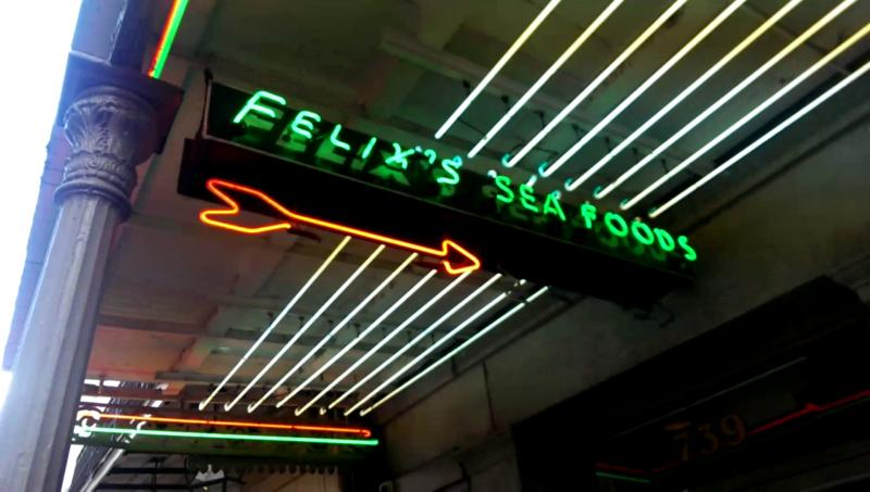 Felix's Restaurant and Oyster Bar: Comfort Seafood